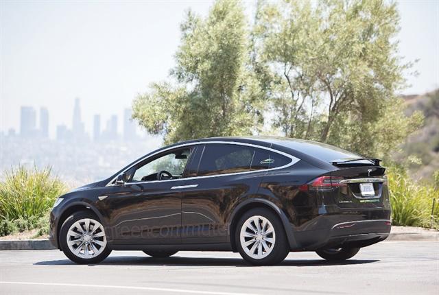 Photo of Tesla Model X SUV courtesy of Green Commuter.