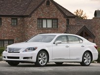Lexus Debuts Revised LS 600h L Hybrid With New Telematics Systems for 2010