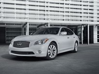 2012 Infiniti M Hybrid Features Audible Pedestrian Warning System