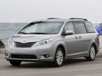 2011 Toyota Sienna Gets 'Good' Ratings in IIHS Safety Tests