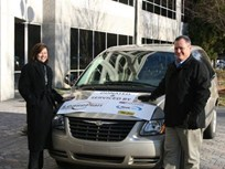 LeasePlan Donates Minivan to Atlanta Children's Shelter Achiever