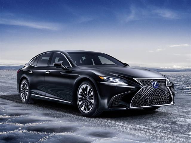 Photo of 2018 LS 500h courtesy of Lexus.