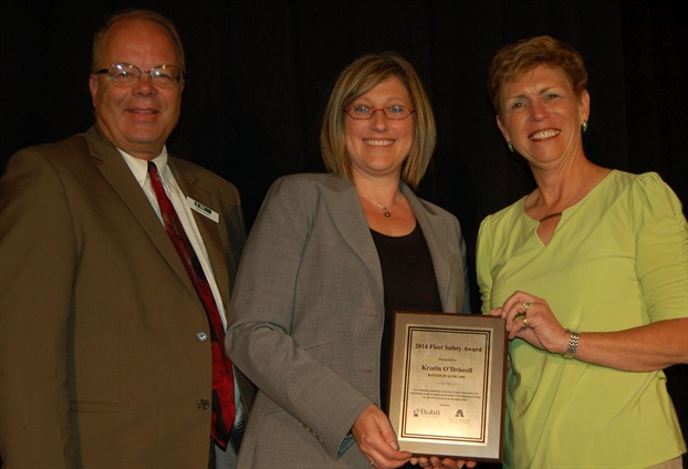 (L-R) Fleet Safety Conference Chair Mike Antich, 2014 Fleet Safety Award Honoree Kristin O'Driscoll of Baxter Healthcare, and Pam Sederholm, executive director or AALA.