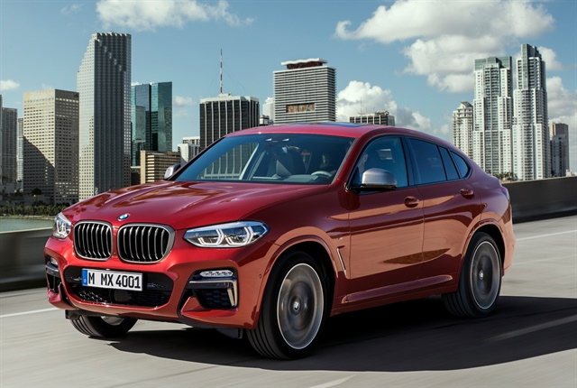 Photo of 2019 X4 Euro spec crossover courtesy of BMW.
