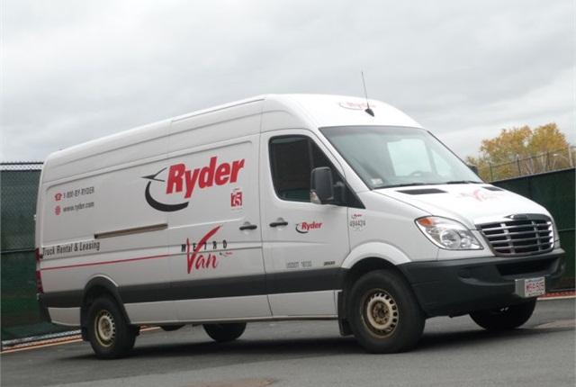Photo of 2013 Freightliner Sprinter via Wikipedia.
