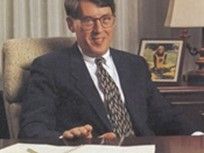 Former Chrysler Fleet GM MacDonald Dies