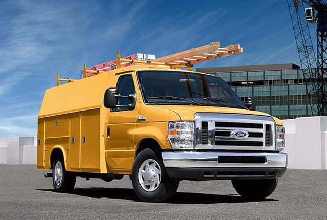 Photo of E-450 cutaway courtesy of Ford.