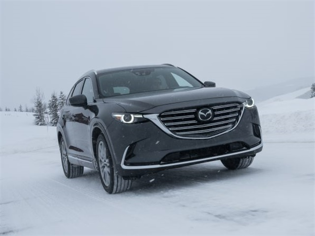 Photo of 2017 CX-9 courtesy of Mazda.