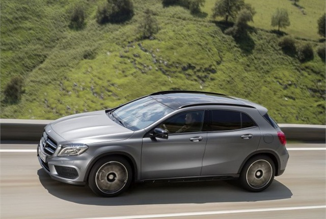 Mercedes Benz Gla250 Compact Suv Goes On Sale Top News