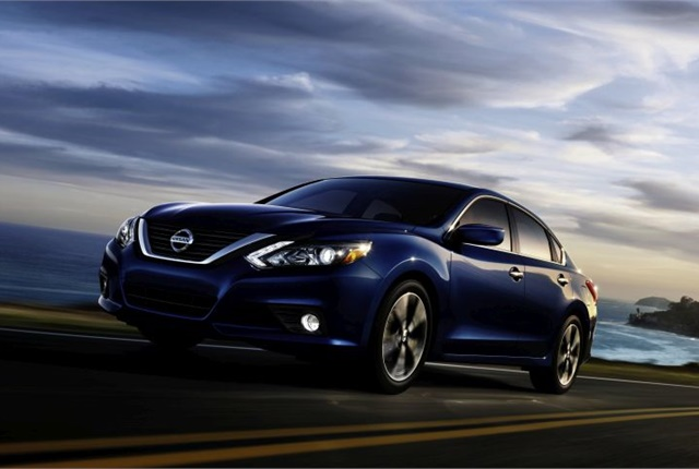 Photo of 2017 Altima courtesy of Nissan.